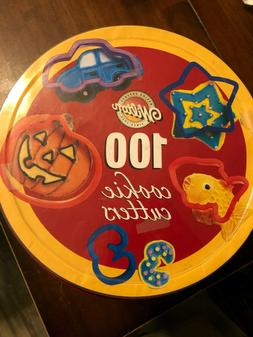 Wilton 100 Cookie Cutters Set Holiday Alphabet Numbers Hallo