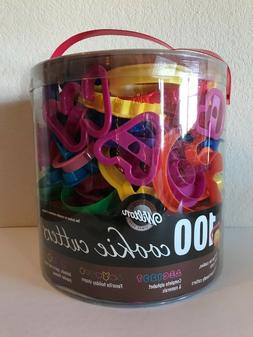 100 Wilton Cookie Cutters