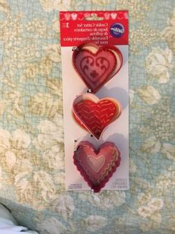 Wilton Cookie Cutter Cutters Metal Set Lot of 3 Hearts, 2 Re